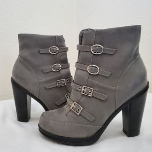 Charlotte Russe grey high heel boots size 8